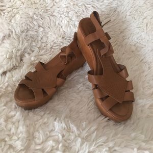 Madewell leather wood wedges 1937 size 10